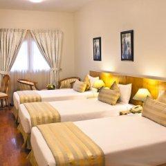 Landmark Plaza Hotel комната для гостей фото 3