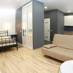 Апартаменты «Альфа на Маркса» Омск комната для гостей фото 3