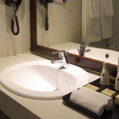 Отель Nuwarawewa Rest House Шри-Ланка, Анурадхапура - отзывы, цены и фото номеров - забронировать отель Nuwarawewa Rest House онлайн ванная