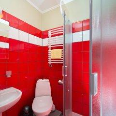 Гостиница Post House Hostel Украина, Львов - отзывы, цены и фото номеров - забронировать гостиницу Post House Hostel онлайн ванная фото 3