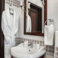 Гостиница Садовническая 5* Номер Делюкс с двуспальной кроватью фото 4