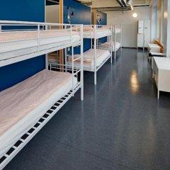 Отель CheapSleep Helsinki Кровать в женском общем номере с двухъярусной кроватью