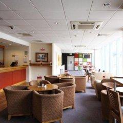 Отель Travelodge Hatfield Central гостиничный бар