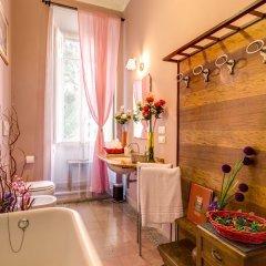 C. Luxury Palace & Hostel ванная фото 4