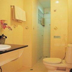 Отель Sams Lodge ванная