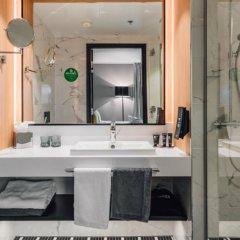 Отель Clarion Hotel Helsinki Airport Финляндия, Вантаа - 11 отзывов об отеле, цены и фото номеров - забронировать отель Clarion Hotel Helsinki Airport онлайн ванная