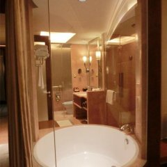 Baolilai International Hotel 5* Номер Делюкс с различными типами кроватей фото 4