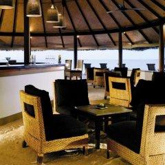 Отель Angsana Ihuru гостиничный бар фото 2