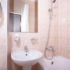 Гостиница Ярославская 3* Стандартный семейный номер с 2 отдельными кроватями фото 2