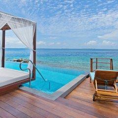 Отель Furaveri Island Resort & Spa 5* Люкс с двумя спальнями и бассейном с различными типами кроватей фото 4