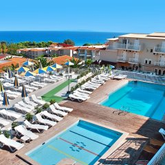 Captains Commodore All Inclusive Hotel бассейн