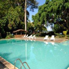 Отель Miridiya Lake Resort Шри-Ланка, Анурадхапура - отзывы, цены и фото номеров - забронировать отель Miridiya Lake Resort онлайн бассейн фото 2