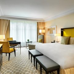 Breidenbacher Hof, a Capella Hotel 5* Улучшенный номер с двуспальной кроватью