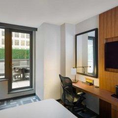 Отель Hilton Garden Inn New York/Central Park South-Midtown West 3* Люкс с различными типами кроватей