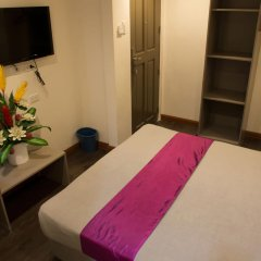 Отель V Hotel Филиппины, Манила - отзывы, цены и фото номеров - забронировать отель V Hotel онлайн комната для гостей фото 5