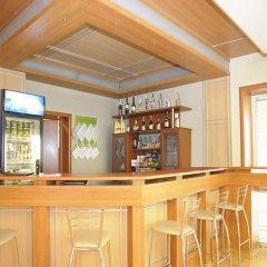 Гостиница Дубрава Плюс в Оренбурге отзывы, цены и фото номеров - забронировать гостиницу Дубрава Плюс онлайн Оренбург гостиничный бар