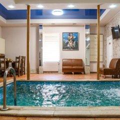 Poseidon Hotel бассейн