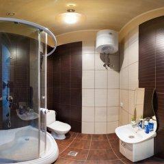 Отель Rymarska ApartHotel Харьков ванная