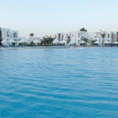 Отель Vincci Helios Beach Тунис, Мидун - отзывы, цены и фото номеров - забронировать отель Vincci Helios Beach онлайн бассейн