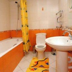 Гостиница Оренбург в Оренбурге отзывы, цены и фото номеров - забронировать гостиницу Оренбург онлайн ванная фото 3