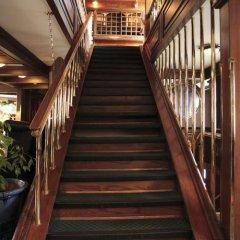 Отель Admiral Botel интерьер отеля