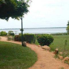 Отель Miridiya Lake Resort Шри-Ланка, Анурадхапура - отзывы, цены и фото номеров - забронировать отель Miridiya Lake Resort онлайн пляж