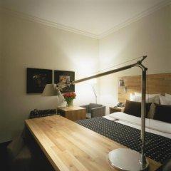 Отель Catalonia Vondel Amsterdam 4* Номер Small с различными типами кроватей