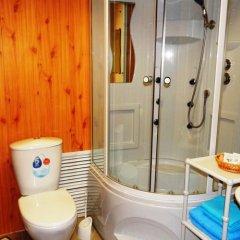 Гостиница Куршавель в Байкальске отзывы, цены и фото номеров - забронировать гостиницу Куршавель онлайн Байкальск ванная фото 4