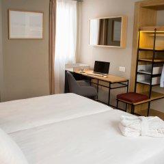 Отель One Shot Colon 46 Валенсия комната для гостей фото 3