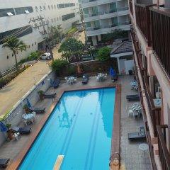 Charming Inn Hotel бассейн