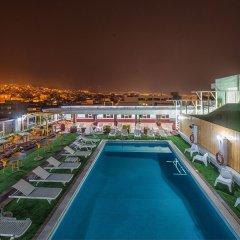Отель CAPSIS Салоники бассейн