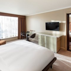 Отель Radisson Blu Edwardian Heathrow 4* Стандартный семейный номер с различными типами кроватей