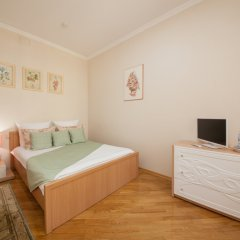 Гостиница ПолиАрт Стандартный номер с двуспальной кроватью фото 13
