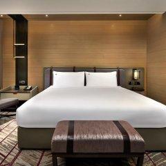 Отель Swissotel The Stamford 5* Номер категории Премиум с различными типами кроватей фото 2
