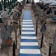 Отель Grand Hotel Montesilvano & Residence Италия, Монтезильвано - отзывы, цены и фото номеров - забронировать отель Grand Hotel Montesilvano & Residence онлайн пляж