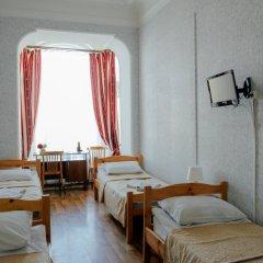 Гостиница Гостевые комнаты у Петропавловской 2* Номер с общей ванной комнатой с различными типами кроватей (общая ванная комната) фото 8