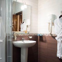 Отель Шери Холл Ростов-на-Дону ванная фото 4