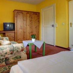 Отель Bayrischer Hof Германия, Вольфенбюттель - отзывы, цены и фото номеров - забронировать отель Bayrischer Hof онлайн комната для гостей фото 4