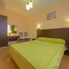Гостиница Ателика Гранд Меридиан комната для гостей фото 4