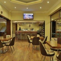 Отель Altinyazi Otel гостиничный бар