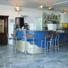 Отель Luca Helios Beach гостиничный бар