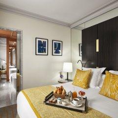 Отель Montalembert в номере