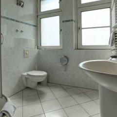 Отель AVUS an der Messe Германия, Берлин - отзывы, цены и фото номеров - забронировать отель AVUS an der Messe онлайн ванная фото 2