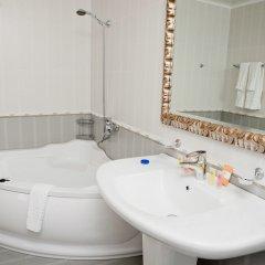 Гостиница Камелот в Малореченском 3 отзыва об отеле, цены и фото номеров - забронировать гостиницу Камелот онлайн Малореченское ванная фото 2