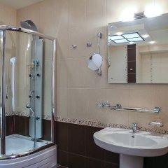 Гостиница Степная Пальмира в Оренбурге отзывы, цены и фото номеров - забронировать гостиницу Степная Пальмира онлайн Оренбург ванная