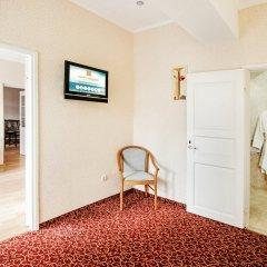 Гостиница Бристоль 3* Стандартный семейный номер с различными типами кроватей фото 6