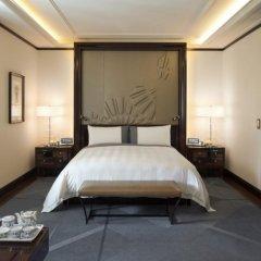 Hotel The Peninsula Paris 5* Номер Делюкс с различными типами кроватей