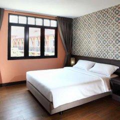 Отель Rambuttri Village Inn & Plaza комната для гостей