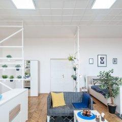 Апартаменты Narodni 2 - 2 Bedroom Apartment бассейн