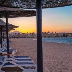 Отель Cleopatra Luxury Resort Makadi Bay пляж фото 5